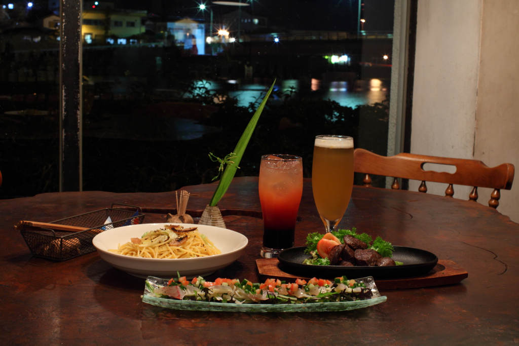 Riverside Cafe&Bar 散歩亭